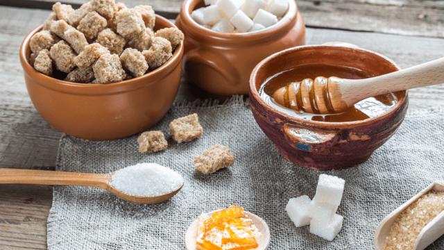 Η ζαχαρη, το μελι και αλλα γλυκαντικα